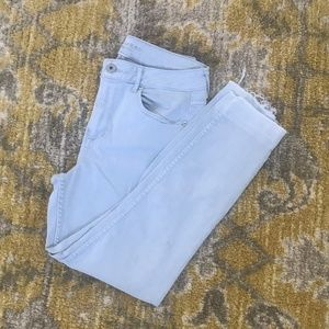 Light Blue High-Rise Skinny Jeans Size 9/10